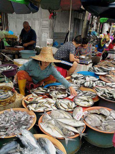 Asian fish market Market Asian Culture Wetmarketscene Fish Market