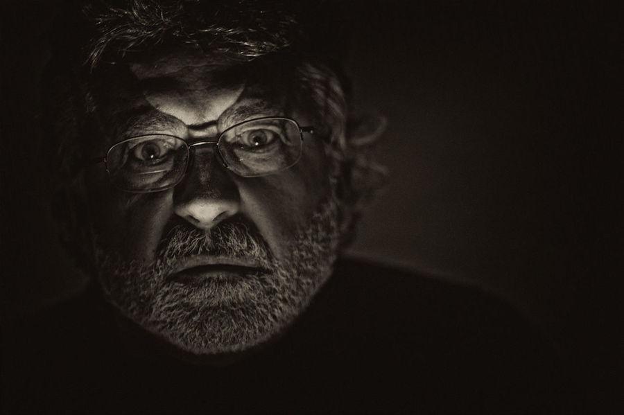 spooky to me Black Background Close-up Crazy Face Dangerous Dangerous Look Headshot Human Face Photographer Arturo Macias Uceda Portrait Scary Spooky Staring Studio Shot