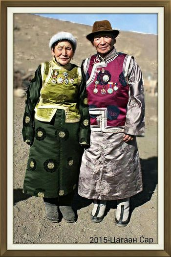RePicture Ageing Gobi Nomads In National Dress-Asian New Year