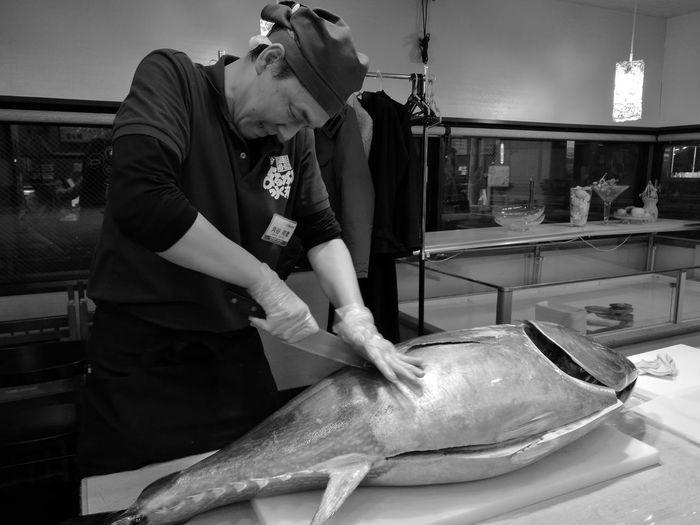 a tuna dismantling show japan