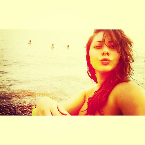Deniz Gunes Holiday Smile ✌