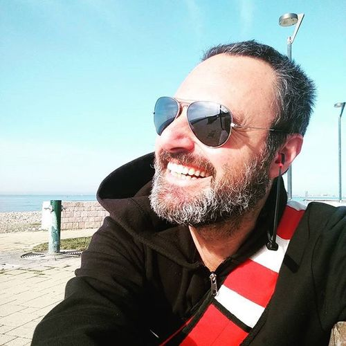 Pause from shooting and i take a little bit of sun in front of the sea Shootingmovie Alchermesvideoproduction Thelastscreamsofhumanity Moviescene Movieface Italianwebseries Paolograssi Videomaker IndependentArtist