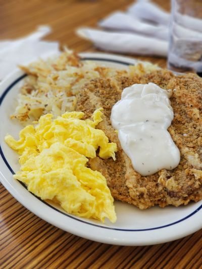 IG @Lawrence_Vs_Law EyeEm Selects Plate Close-up Food And Drink Mash - Food State Egg Yolk Sunny Side Up Egg White Eggshell Poached Boiled Egg Roast Turkey Egg Carton Animal Egg Turkey - Bird Mashed Potatoes Skillet- Cooking Pan Toasted Eggcup Gravy Fried Egg English Breakfast Frying Pan Toasted Bread Prepared Food Omelet Brunch Egg Scrambled Eggs