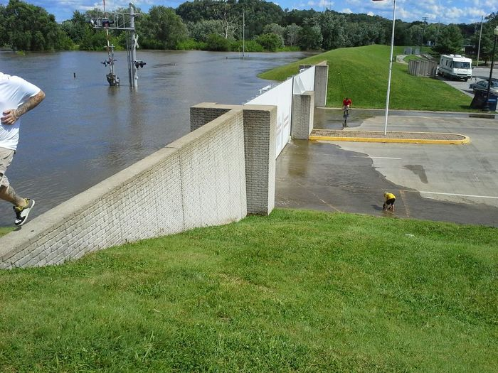 Hannibal Mo Floodwaters High Water Level Levie Gates Water