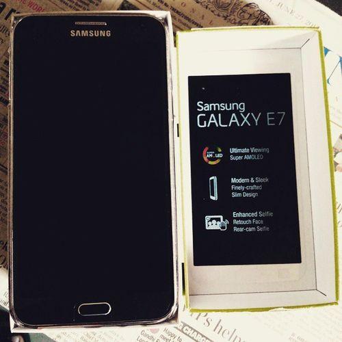 Samsung Galaxy E7 Samsung Samsunggalaxye7 Samsunggalaxy Smartphone Asishclicks Mobilephotography Wifegift Lovethis Mobile Amoled 13mp Birthdaygift Birthday Loveyouwife Awesome Nicephone Superb Mobilephone