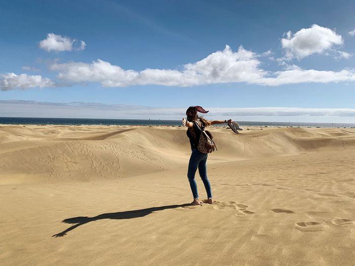 Respirar EyeEm Selects Land Beach Sky Sea Full Length 17.62° Water Casual Clothing Lifestyles Nature
