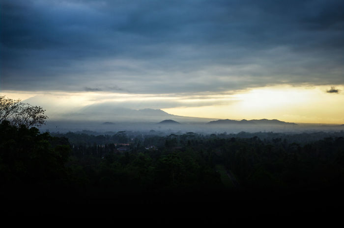 Landscape Dramatic Sky EyeEm Best Shots INDONESIA Java Landscape_Collection Morning Nature Beauty In Nature Borobodur Clouds Clouds And Sky Distance Landscape Merapi Nature Nature_collection Outdoors Photography Scenics Sky Sun Sunrise Tranquil Scene Tranquility Vulcano