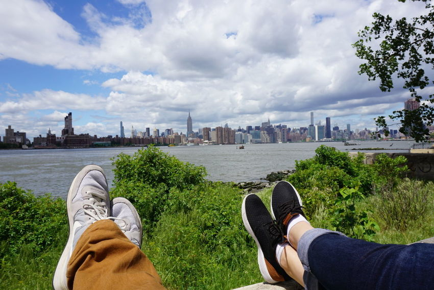 New York Cloud - Sky Human Body Part Shoe Urban Skyline Travel Destinations City Outdoors Skyscraper Brooklyn Williamsburg Relaxing Good Times Live For The Story The Street Photographer - 2017 EyeEm Awards Out Of The Box Connected By Travel