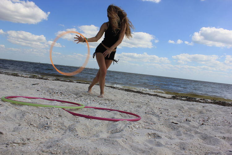 The Week On EyeEm Girl Hulahooping On Beach Girl Hooping On Beach Hula Hooping  Hula Hoop Girl Hula Hooping  Hulahoop Girl Doing Yoga Handstand  Yoga Girl With Hulahoop Beach Yoga Beach Dancing Beach Life Florida Beach Girl Florida Beach Carefree Dancing On Beach Florida Living Beach Florida Beauty Girl Doing Cartwheel Florida Life Yoga Girl Happy Second Acts This Is Family Summer Exploratorium Visual Creativity