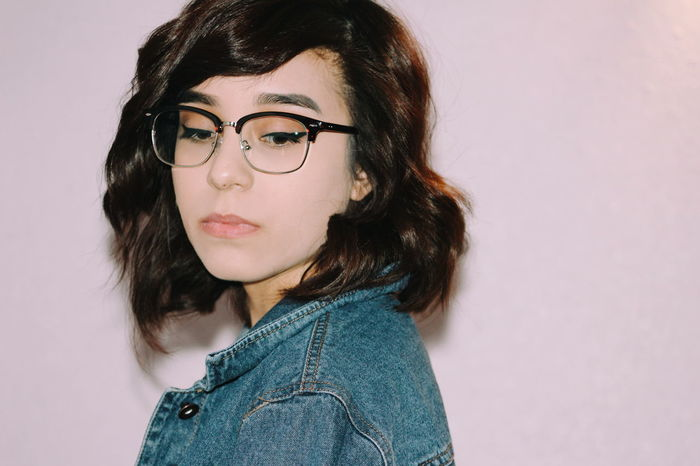 Shorthair Glasses Vscocam Denim Jacket Jean Jacket Fashion Photography Enjoying Life Self Portrait