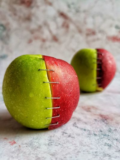 Apples? Dieting Healthy Lifestyle Fruit Studio Shot Red Sport Exercising Close-up Green Color Granny Smith Apple Apple Apple - Fruit Vitamin Low Carb Diet
