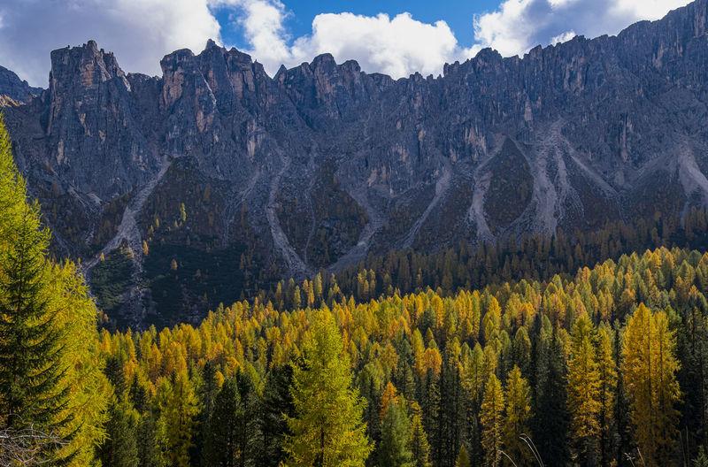 Panoramic view of beautiful landscape at cortina italy., wallpaper.