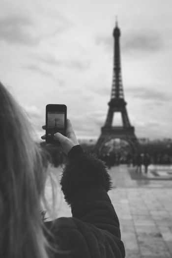 RePicture Leadership Blackandwhite Photography Monochrome Black And White Paris Streetphoto_bw EyeEmRussianTeam Eyeemmonochrome EyeEm Nature Lover
