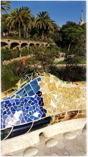 Parkguell Antoni Gaudí Barcelona Antonigaudi Barcelonalove Bunte Welt BunteFarbenüberall Place2Be Traveldestination
