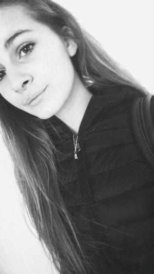 Selfportrait Cute Jott That's Me Longhair Blackandwhite Hi!. 😏.