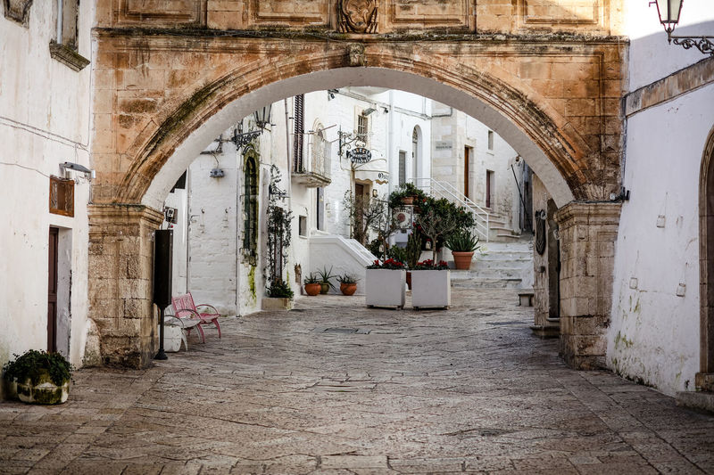 Ostuni Ostuni Ostuni Italia Ostunicity Ostuni The White City Architecture Building Arch Outdoors Courtyard  Alley Building Exterior Day Arcade No People Passageway Italy