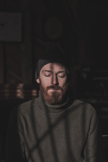 Facial Hair Beard One Person Front View Portrait Real People Clothing Headshot Sweater Indoors  Men Lifestyles Adult Young Adult Looking At Camera Mid Adult Waist Up Young Men Warm Clothing Hipster - Person Mustache Contemplation