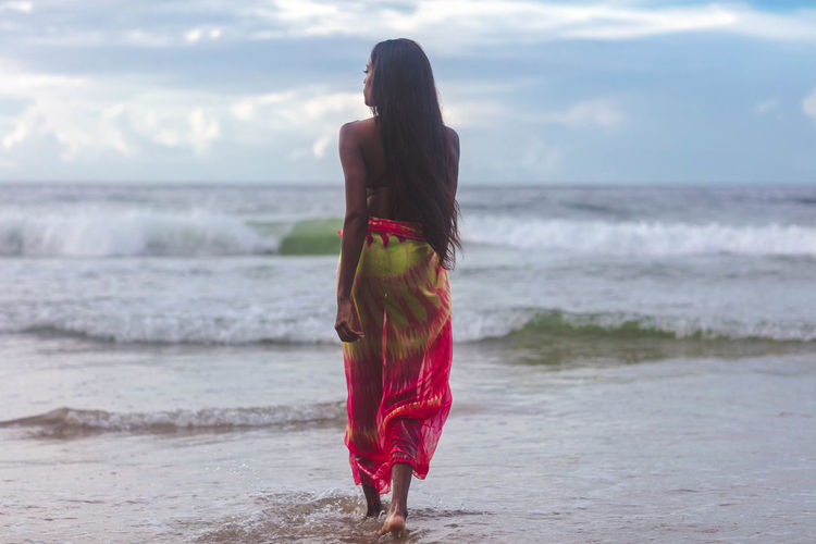 Beach Beautiful Woman Beauty In Nature Horizon Over Water Land Leisure Activity Lifestyles One Person Real People Scenics - Nature Sea Sky Standing Water Young Adult