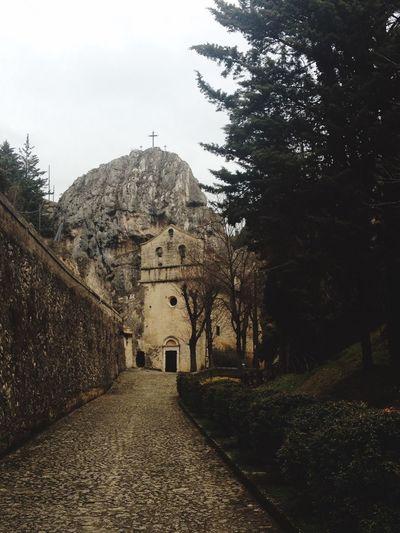 Taking Photos Church L'Aquila Mountains