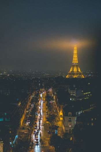 Paris at night! View From Above Eiffel Tower Paris Foggy Nightphotography Ethereal Amazing View Streets Of Paris Citylife Cityscape Traffic Travel Destinations Tourism