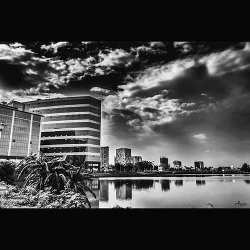 Instasize Landscape Blackandwhite Monochrome Monotone Greyscale Clouds Clearsky Buildings City Cityscape Day Lake Nature Canon EOS700D Rebelt5i Canon_official Canonphoto Canon_photos Ig_alls Timelight WeLiveToExplore Famouscaptures Heatercentral createcommune magicpict urban Perfocal reflection