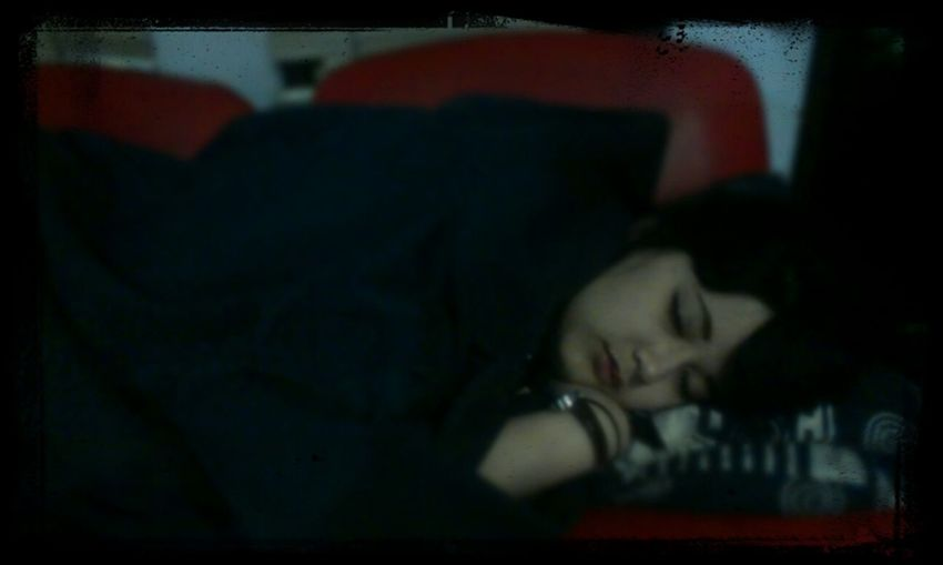 I fell in love with people sleeping.. Friend At Office