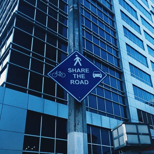 Share the Road Information Sign Outdoors Traffic Sign Bike Cars Pedestrian Blue Dark