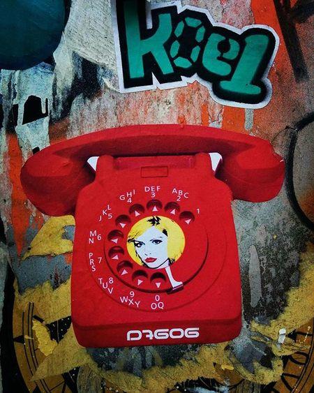 @d7606 @koeone_ Streetartbcn Streetart Barcelonastreetart Barcelona Bcnstreetart Bcn Tv_streetart_ Rsa_graffiti Instastreetart Instaphoto