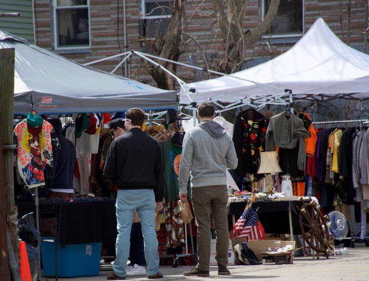 Choice City Life Composition Culture Fleamarket Hanging Large Group Of Objects Large Group Of People Lifestyles Market Market Stall Men Occupation Retail  Togetherness Women