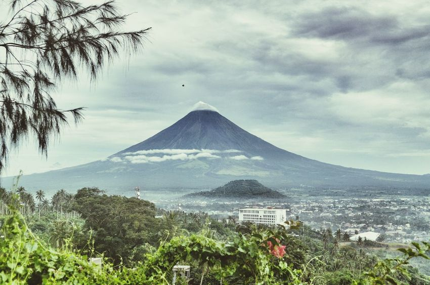 Mayon Volcano Philippines Outdoors Cloud - Sky Sky Nature Beauty In Nature