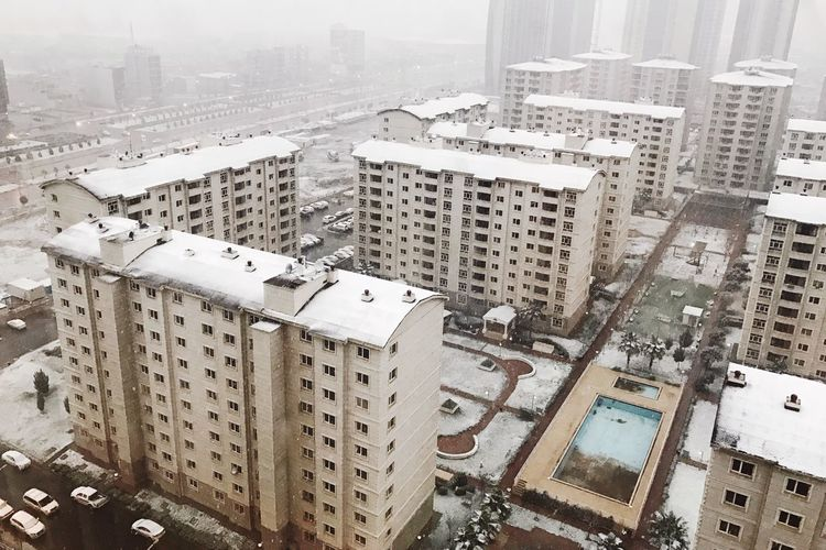 Finally it's snowing🌨 Architecture City Cityscape High Angle View Snow Residential Building Apartment Outdoors Vsco_hub Vscophile Vscofilm Shotoniphone7plus Vscoonly Vscofeature Vscoartist Vscogrid Vscogood EyeEm Best Shots VSCO Vscocam Cold Temperature Winter