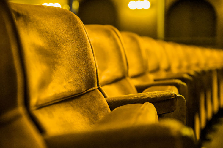 Paint the town yellow! Chair Cinema In Your Life MOVIE Paint The Town Yellow Theater Theater Life Chairs Chairs Seats Chairswithstories Cinema Cinema Look Cinematography No People Theatre This Week On Eyeem Yellow Yellow Color Fresh On Market 2017 Analogue Sound