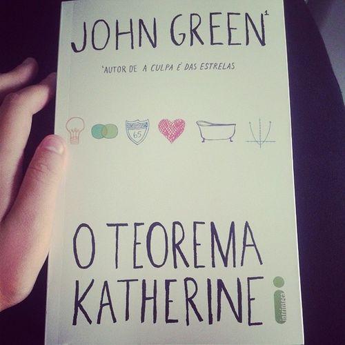 Muito bom poder continuar me desligando desse mundo idiota! Book Oteoremakatherine Johngreen