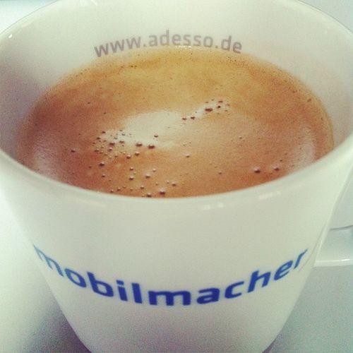 #kaffeetweet. Haben wir nicht viele hübsche, unterschiedliche Tassen? Kaffeetweet