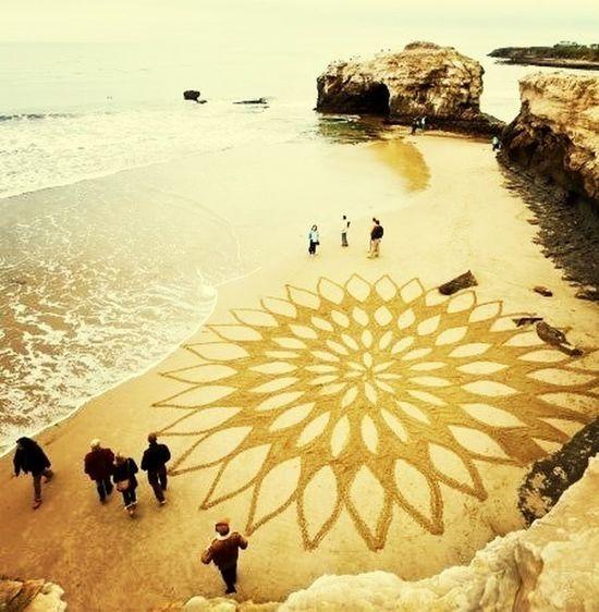 circle on the beach..