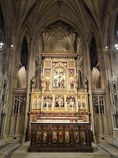 Altar Wakefield
