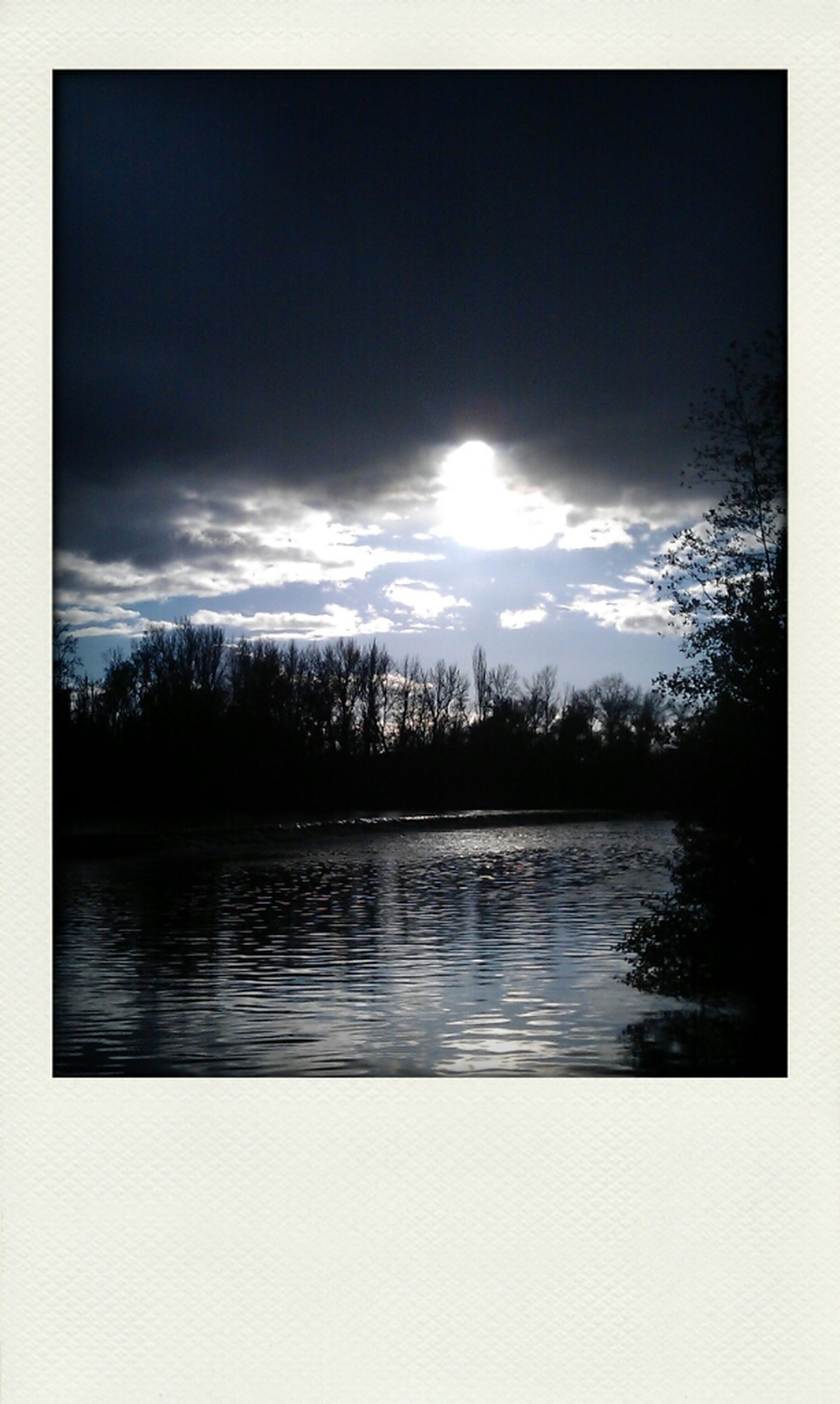 transfer print, water, sky, auto post production filter, lake, tranquil scene, reflection, tranquility, scenics, beauty in nature, sun, tree, nature, silhouette, cloud - sky, sunset, waterfront, river, cloud, sunlight