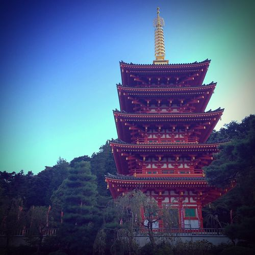 What's a beautiful Japanese building.