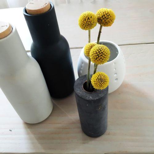 Flowers On The Table Bottlegrinder