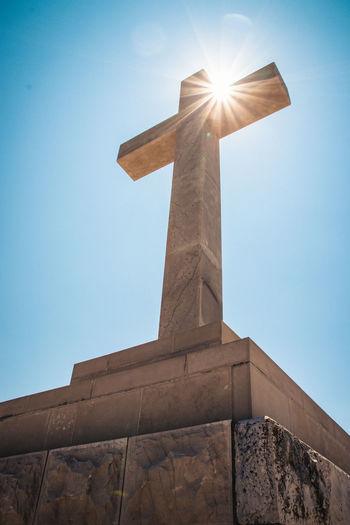 Holy Cross Low