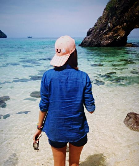 The Traveler - 2015 EyeEm Awards Travelling Enjoying Life