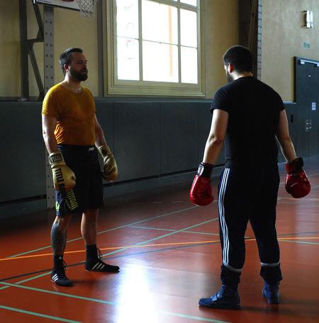 Boxclub Basel Sportsman Athlete Sports Clothing Competitive Sport Men Boxing - Sport Boxing Glove Fighting Sports Glove Sports Uniform Be Brave
