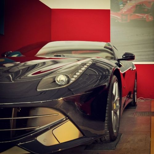 When indecisiveness is a good thing - Part II MadeinItaly F12 Berlinetta Theitalianjob