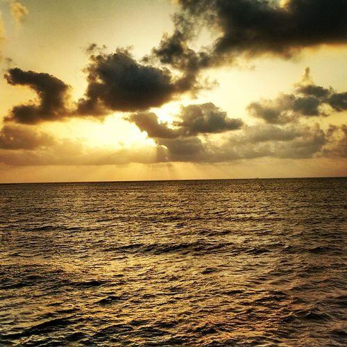 Mandva Clouds Sunset Sea