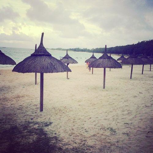 Hut Bellemare Beach