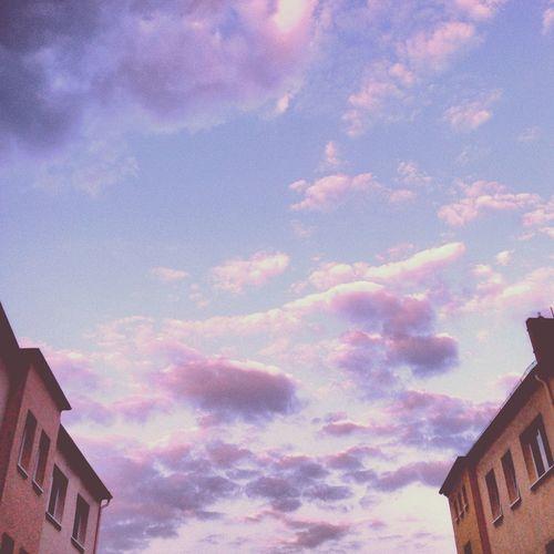 Lila Wolken. Clouds And Sky Blue Sky Lilawolken Lila Wolken