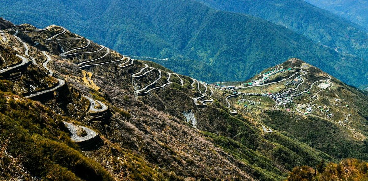 Roads High Angle View No People Nature Outdoors Tranquility Beauty In Nature Zig-zag Himalayas Scenics Travel Nature Photography Landscape_Collection Nature The Great Outdoors - 2017 EyeEm Awards The Great Outdoors - 2018 EyeEm Awards