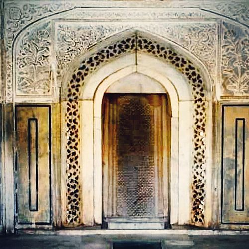 Ancient Architecture Photography Traveling Architecture India Aroundtheworld Stone Craftsmanship  Palace Detail Exotic Artisian Buildings Travel Rajasthan Floral Marble Arch
