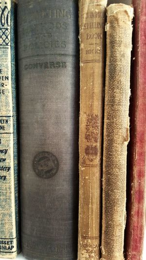 Old Books Books Pages Covers Coverstory Beautiful Falling Apart Shelf