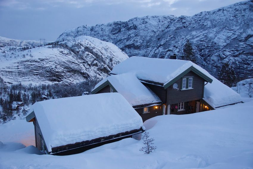 Snow Winter Cold Temperature Beauty In Nature Architecture Mountain Extreme Weather Powder Snow Snowcapped Mountain Frozen Cabin Mountain Cabin Snowy Cabin Glow Cozy Joy Peace And Quiet Tranquil Scene Outdoors Happiness Scenics - Nature White Color Environment Norway Norway Nature